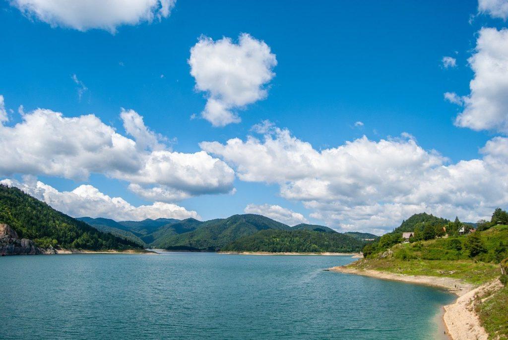 Uvac Nature Reserve Tour mit Bootsfahrt & Wanderung zum Aussichtspunkt